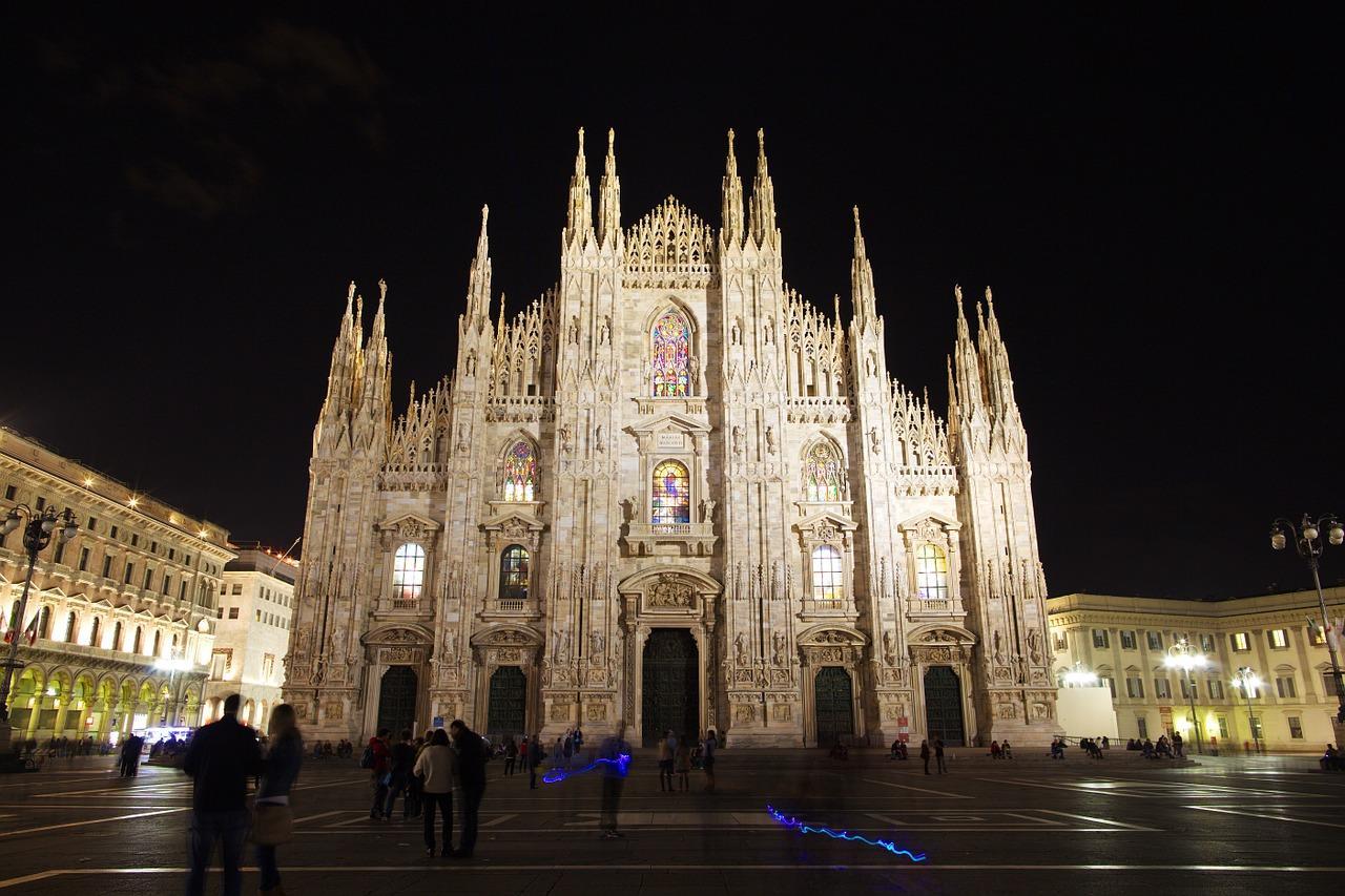 Servizio di interpreti a Milano: città internazionale, conversazioni multilingua