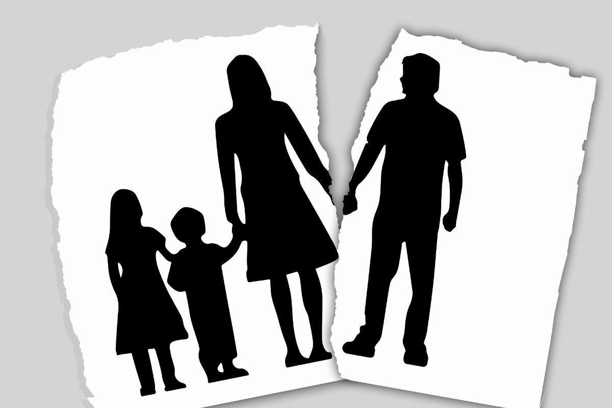 I 10 migliori consigli per rimanere sani di mente e risparmiare denaro durante il divorzio